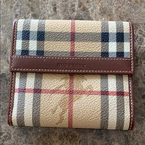 New Burberry women bifold wallet